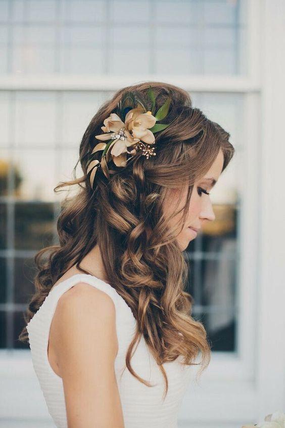 menyasszonyi frizura hosszú hajból