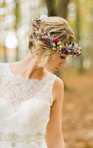 Esküvői frizura rövid hajból 8