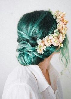 zöld menyasszonyi haj