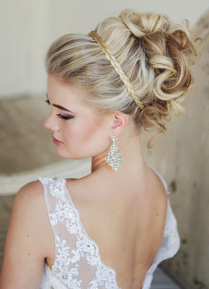 menyasszonyi frizura nyárra
