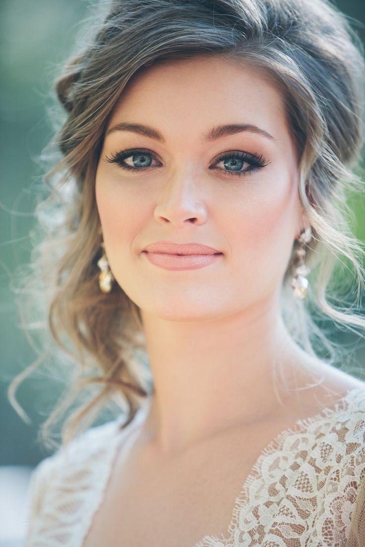 esküvői smink kék szeműeknek 10