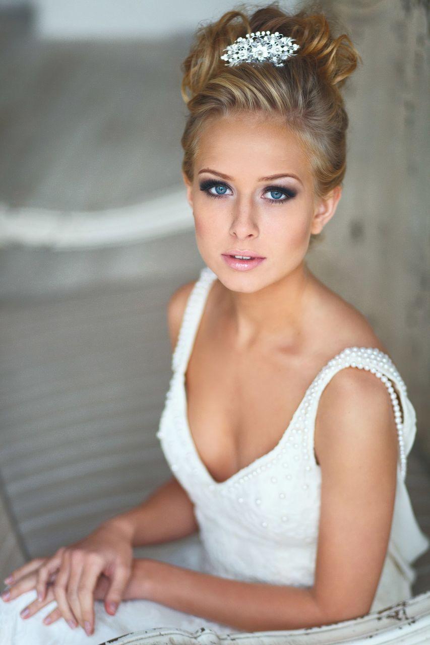 esküvői smink kék szeműeknek 9