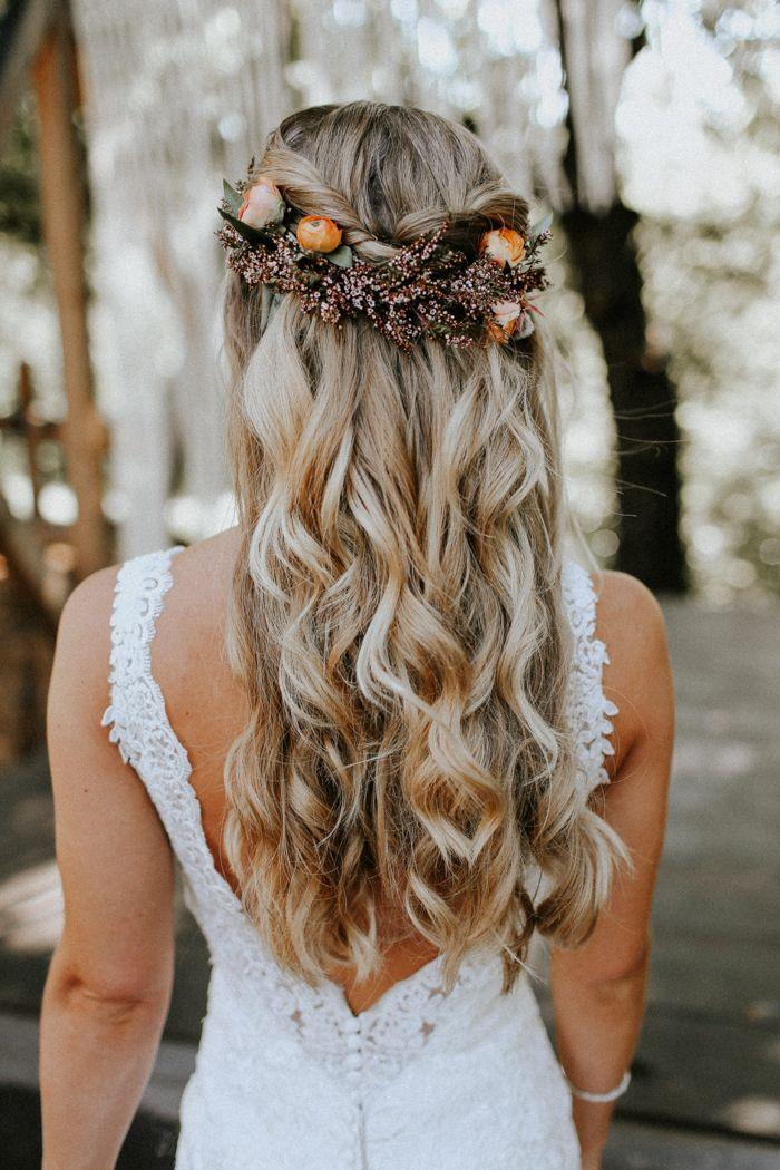 őszi esküvői frizura 2