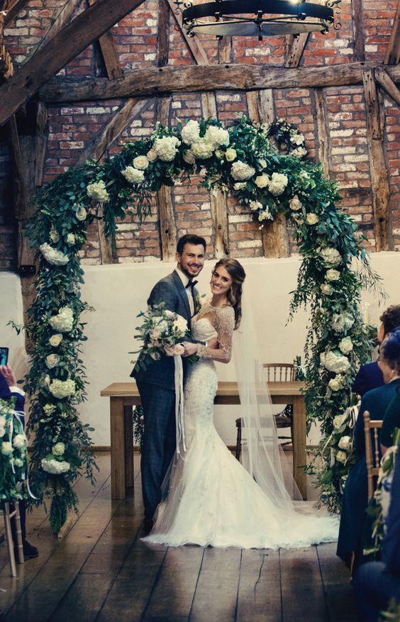 téli esküvői dekoráció kapu