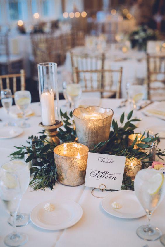 téli esküvői dekoráció  fehér és arany