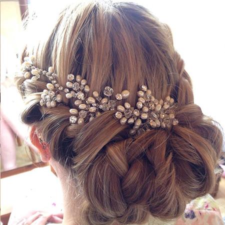 téli esküvői frizura