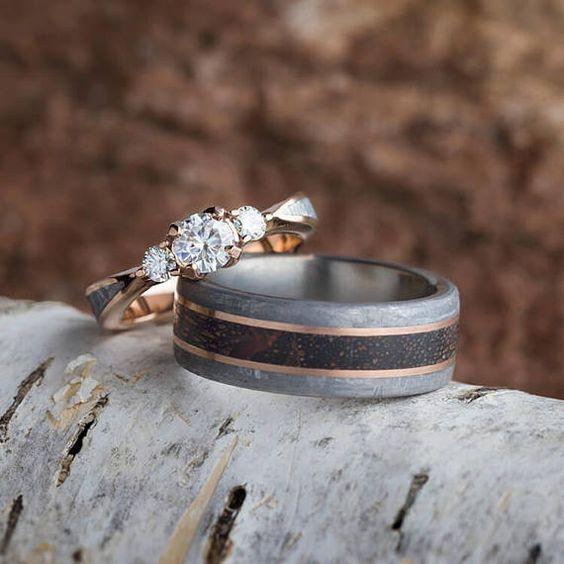 különleges egyedi esküvői karikagyűrű